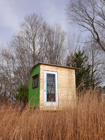 Relaxshacks Com Sixteen Tiny Houses A Frames Huts Art