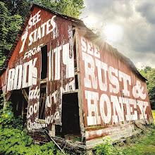"Y'all-ternative music – Listen: Rust & Honey perform song ""Athens, Ohio"""