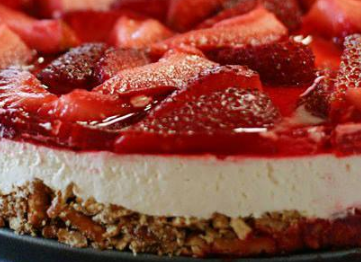 Judy's Strawberry Pretzel Salad - Easy Recipes :) Chef ^_^