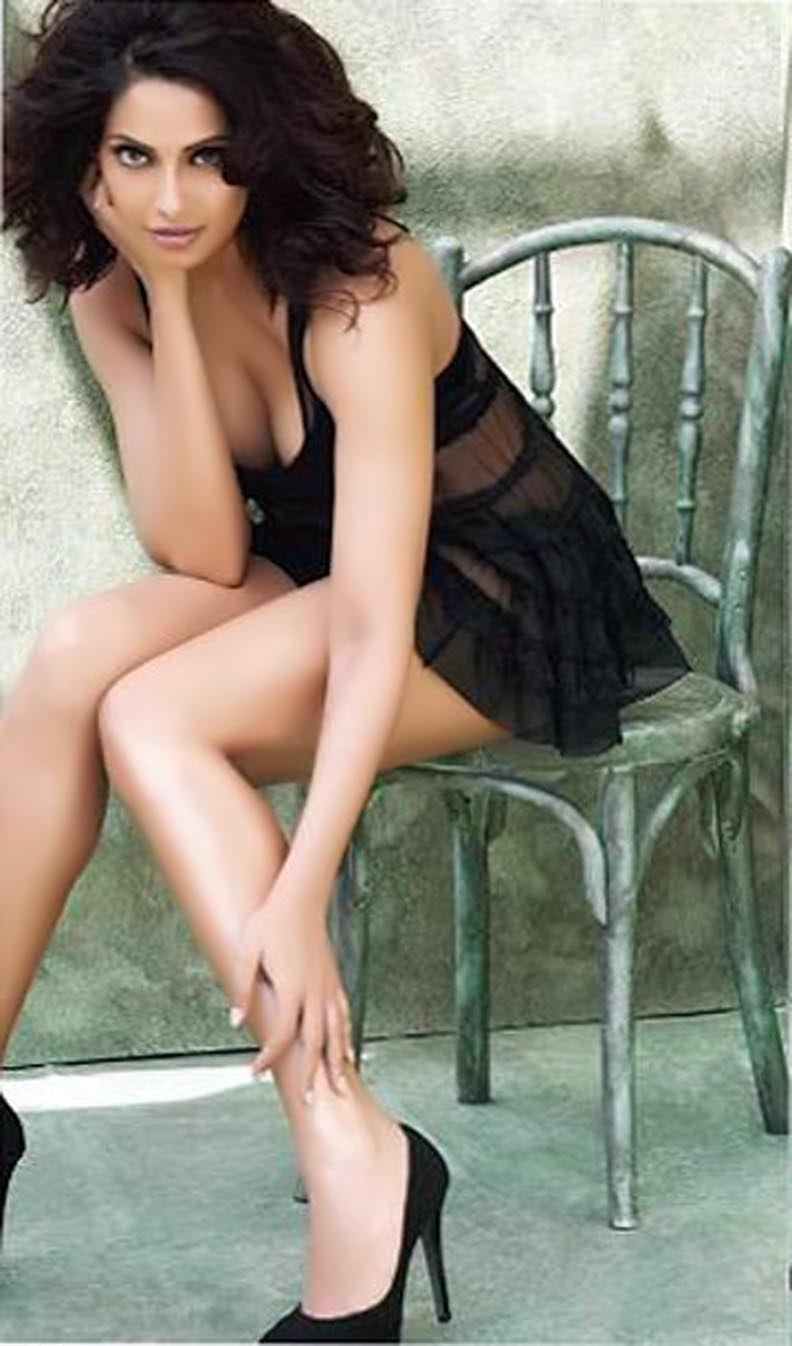 bipasha basu hot photoshoot for man's world magazine | april 2012