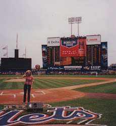 Ava Aston sings Nat'l Anthem at Shea