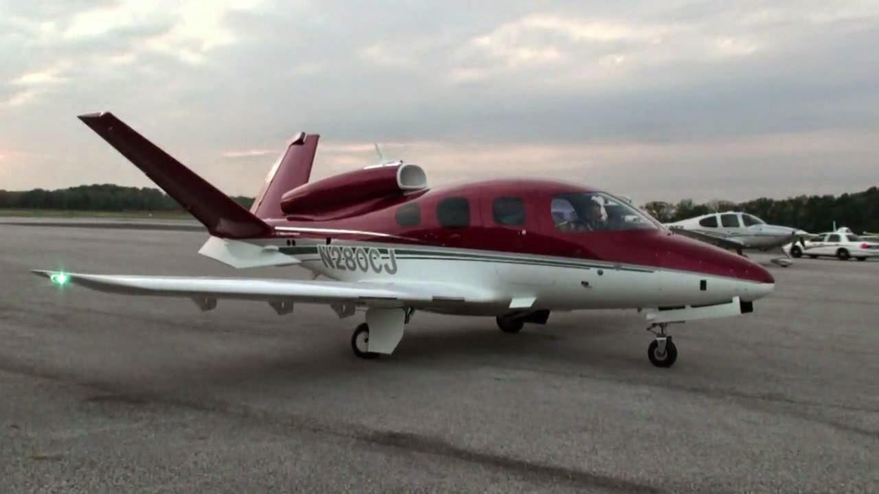 Cirrus Vision SF50 Private Jet