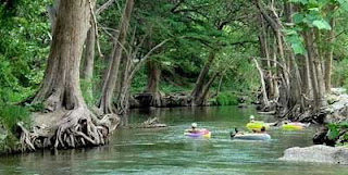 Life 39 s a journey frio river for Floating the guadalupe river cabins