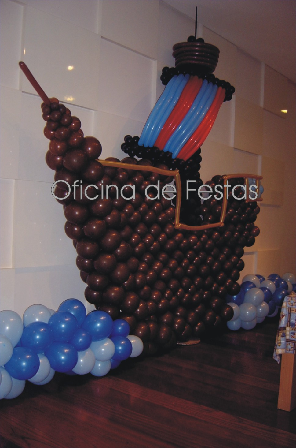 Navio Pirata Chegou Para Fazer Presen  A Nesta Festa