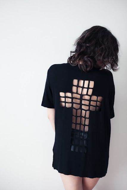 Different Fashions Cut Out T Shirts Design