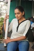 Anajana Deshpande glamorous photos-thumbnail-4