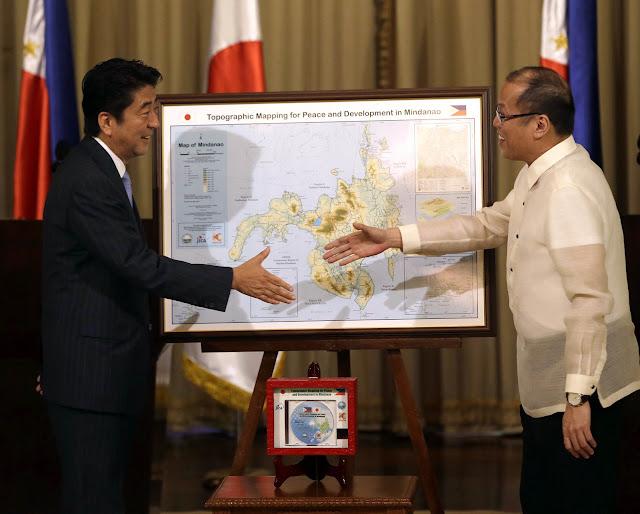 Benigno Aquino and Shinzo Abe