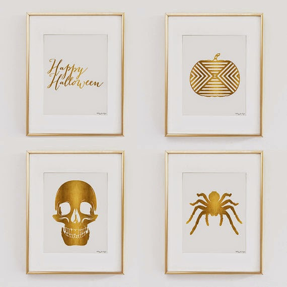 halloween gallery wall decor hallowen walljpg i love the idea of changing gallery wall arts to the seasons these gold and white halloween gallery wall art is perfect i think by just turning a simple