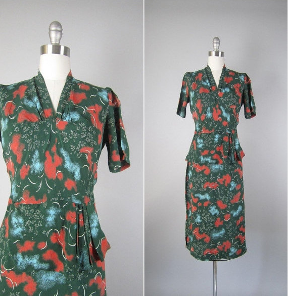 Revolving Styles vintage dress