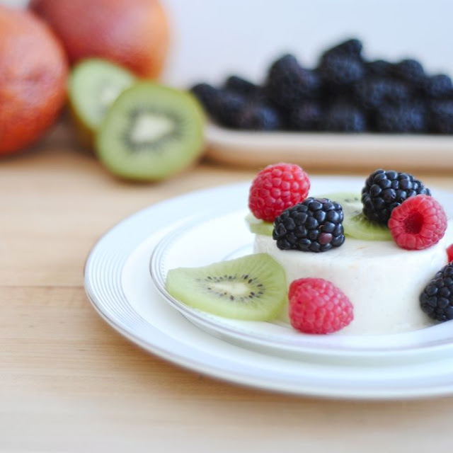 Honey We're Healthy: Greek Yogurt Panna Cotta