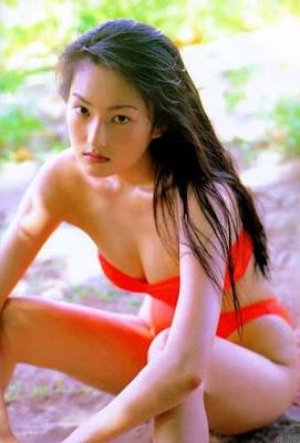 girl japanese bikini