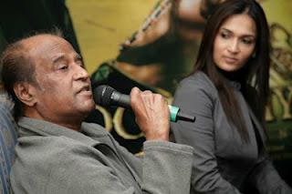 Rajinikanth discussing with press media for Kochadaiyaan movie