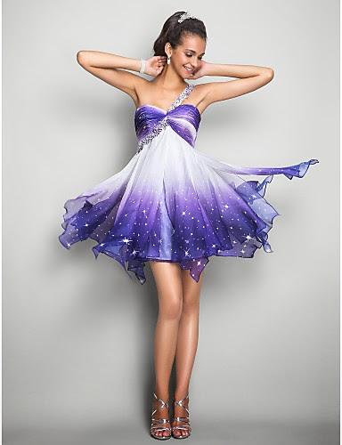 Vestido de baile de promoción corto con estrellas
