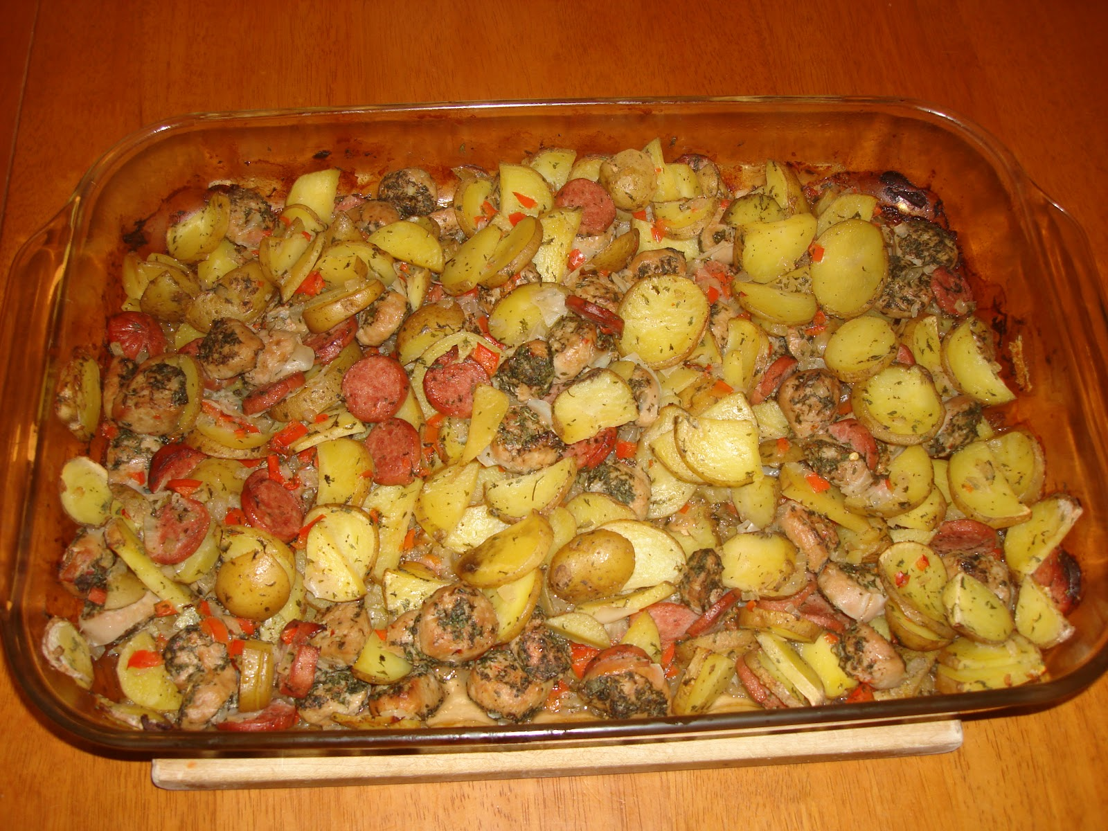 Sausage+and+Potato+Casserole+%282%29.JPG