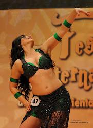 Miren Ripa bailando en  Barcelona.