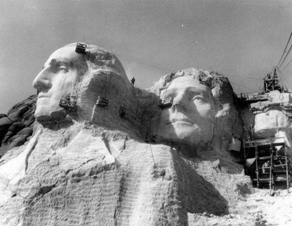 Mount Rushmore, 1933