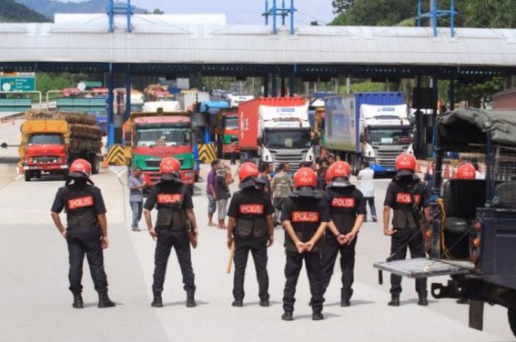 Punca pemandu lori rempuh palang plaza tol Bentong