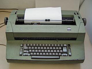 Elektriskskrivmaskin från 90-talet