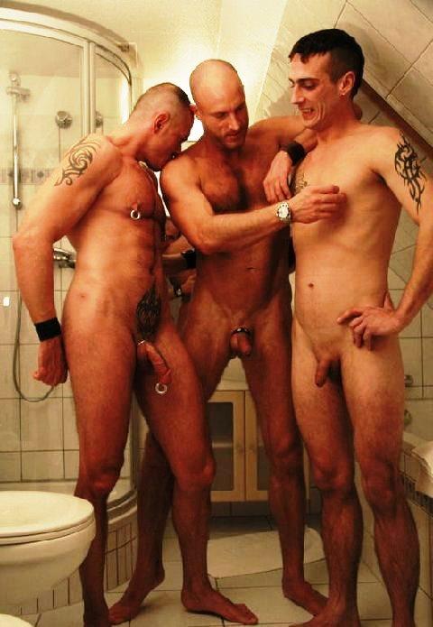 http://3.bp.blogspot.com/-mU_XiVtnFmk/UYHz_TZ2KCI/AAAAAAABBkU/hDDXACxONEA/s1600/ring+toilet24.jpg