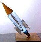 Lançamento de Foguete – Lançamento vertical e oblíquo, forças e movimento.