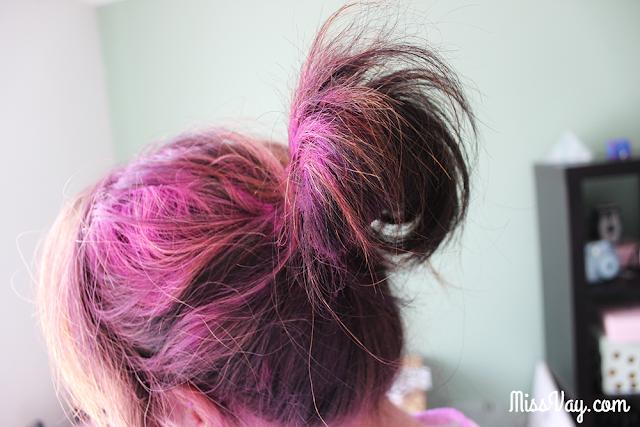 cheveux roses couleur