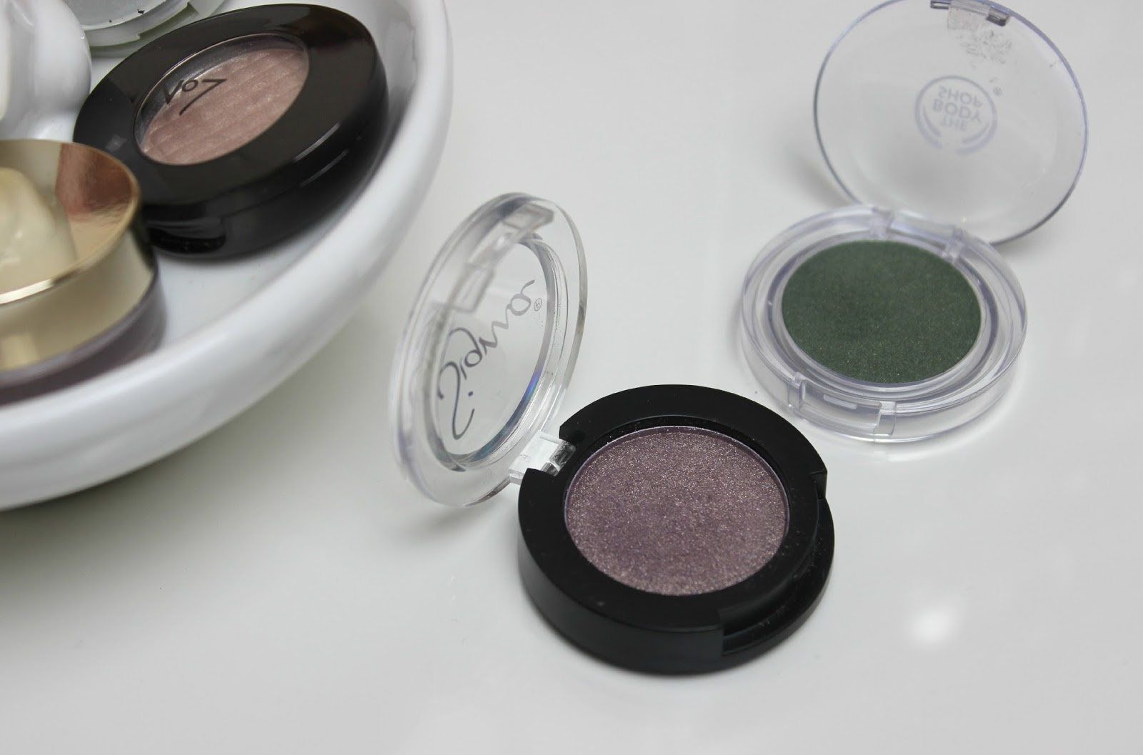 A picture of Sigma Beauty Individual Eye Shadow and The Body Shop Colour Crush Eyeshadow