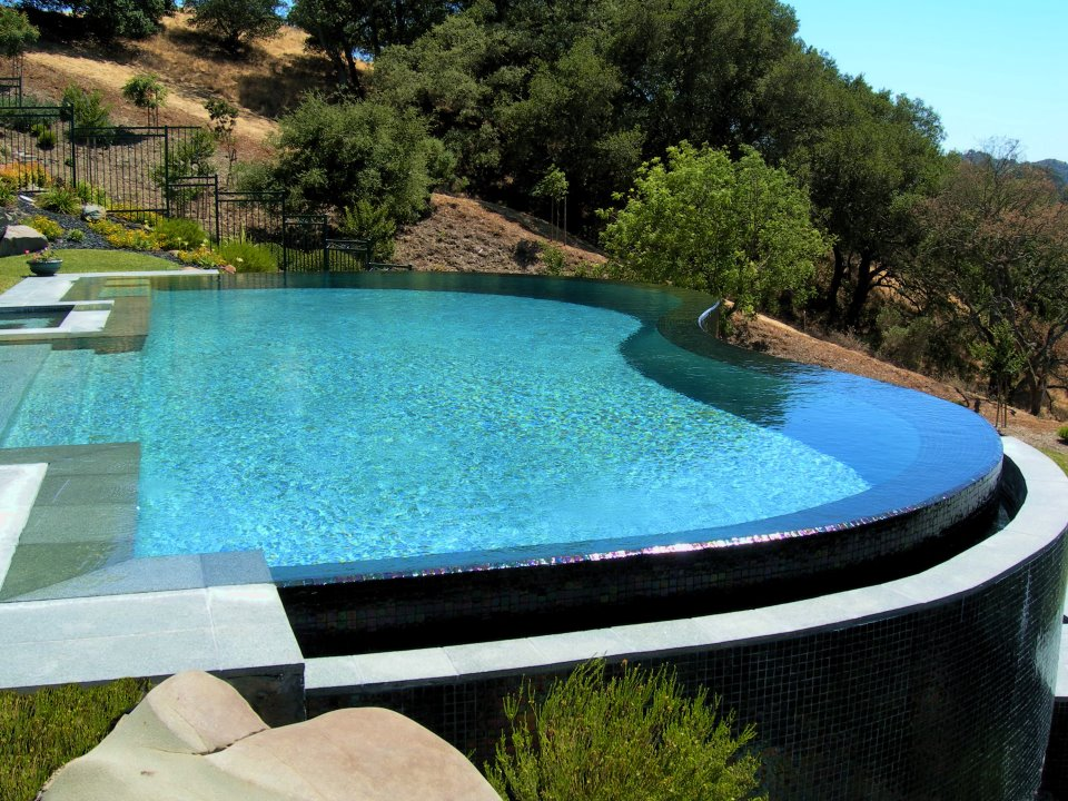 Building a great swimming pool for Good swimming pools
