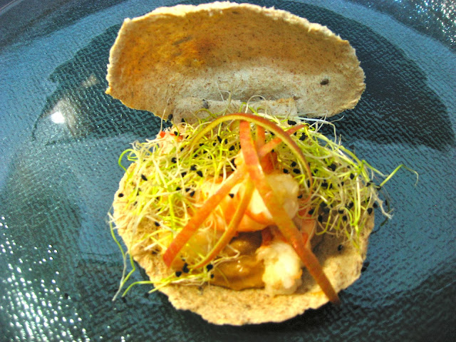 Concha de marisco y vegetales