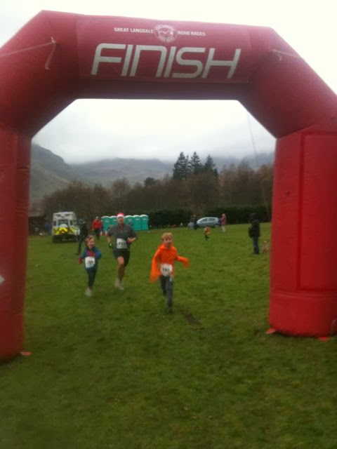 Langdale fun run sprint finish