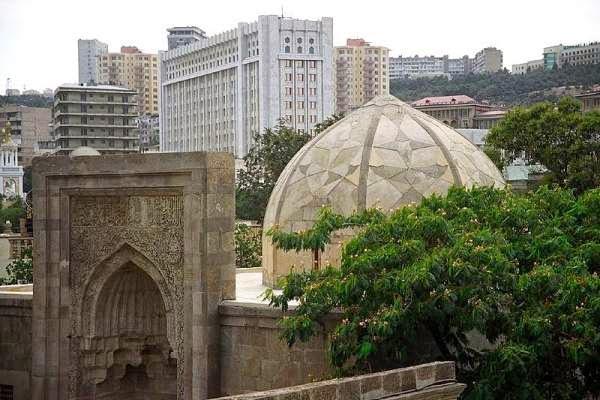Azerbaijan tourism - Palace of the Shirvanshahs