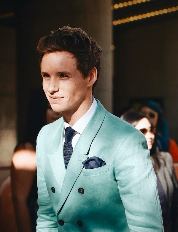 Eddie Redmayne wears Burberry green suit at 2014 Toronto International Film Festival