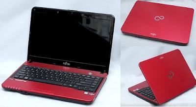 Laptop Bekas - Fujitsu LH522