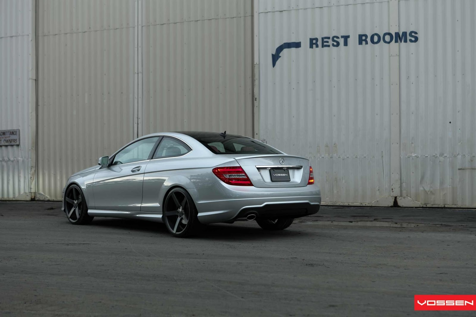 [Image: 2013+Vossen+Wheels+Mercedes+Benz+C-250+Coupe,,.jpg]