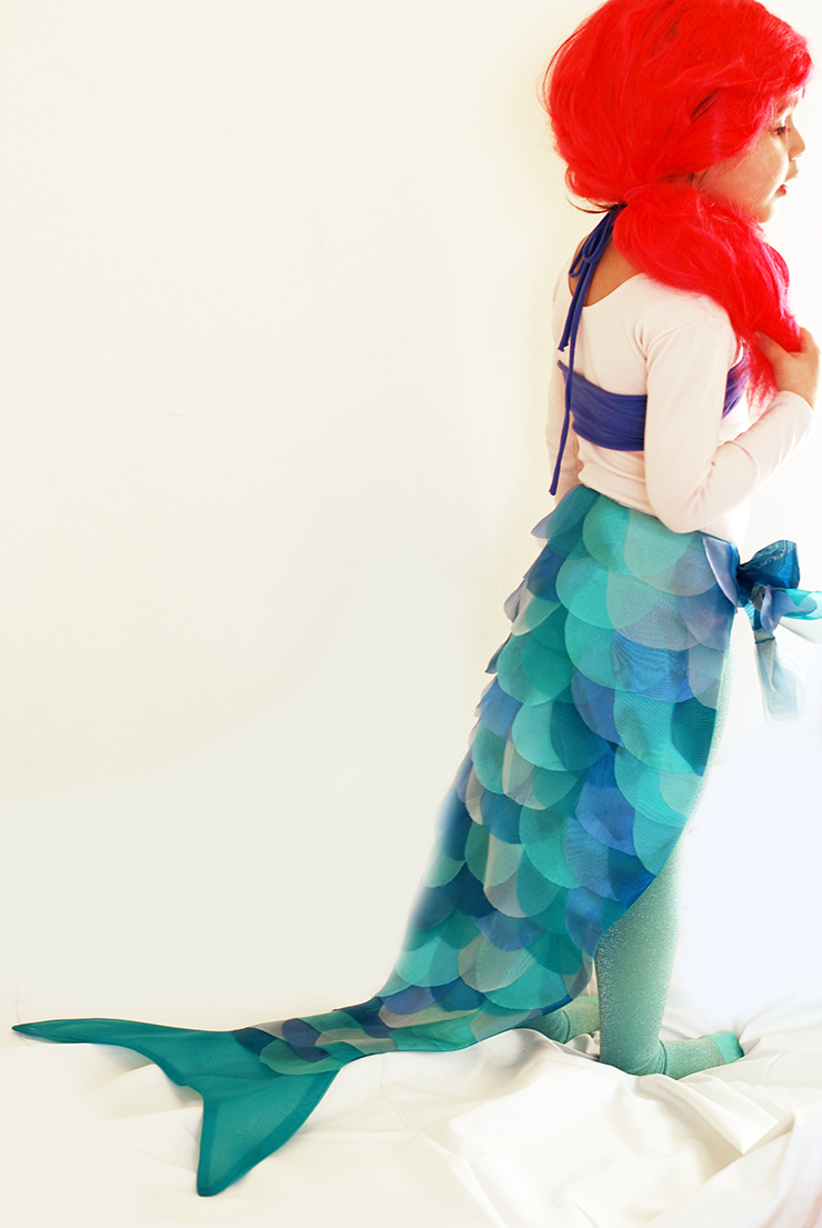 diy mermaid costume the sewing rabbit. Black Bedroom Furniture Sets. Home Design Ideas