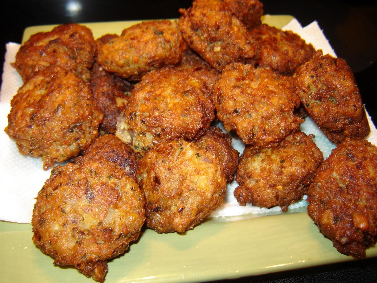 Falafel balls pita