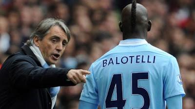 Mancini le extendió su mano a Mario Balotelli