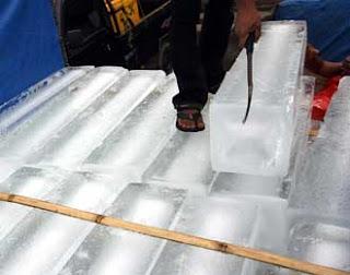 es batu air mentah