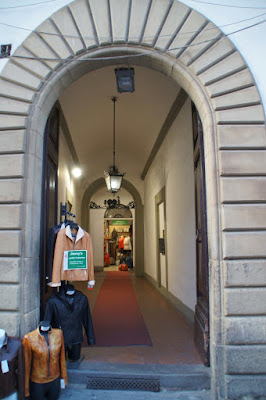 Jimmys-Leather-Collection-Florence