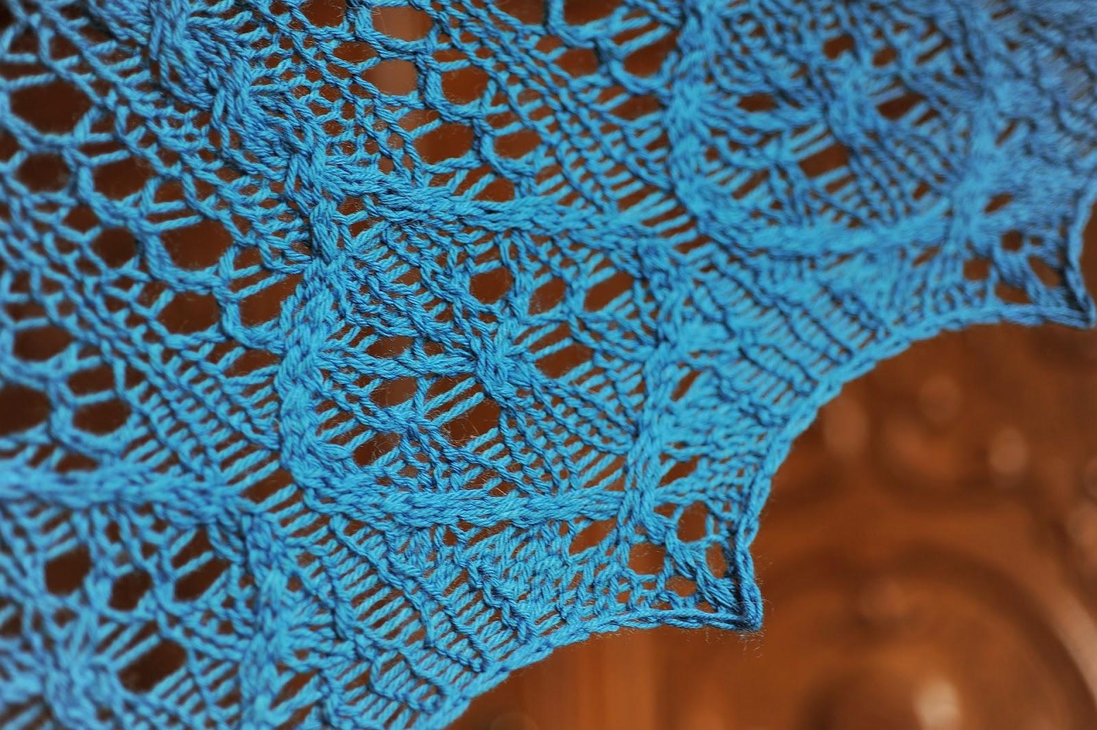 http://allshadesofblue78.blogspot.com/2014/03/verity-shawl-oraz-wspolne-czytanie.html