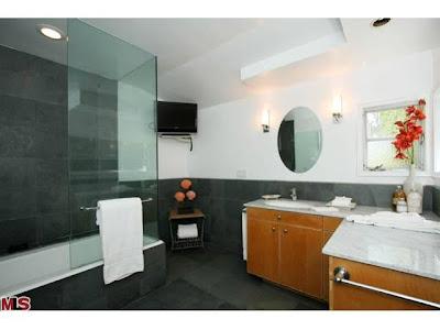 The Coolest House on Caravan! 147 Groverton Place   Bel Air