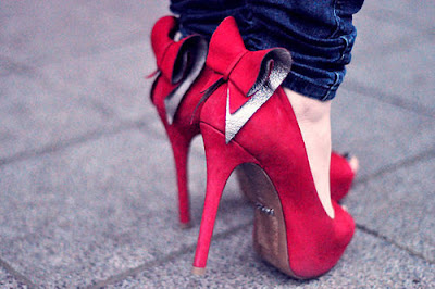 أحذية كعب عالي في قمة الروعة bow-heels-red-shoes-