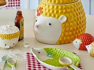 http://www.krisztinawilliams.com/2014/09/trending-hedgehog-home-decor.html