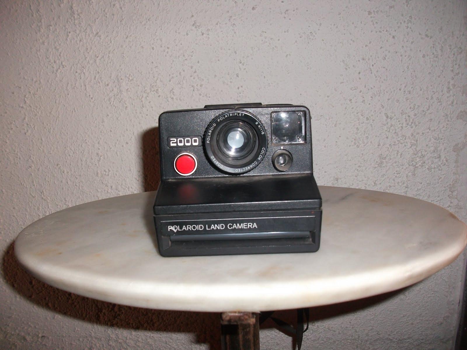 polaroid blog museo virtual polaroid land camera 2000. Black Bedroom Furniture Sets. Home Design Ideas
