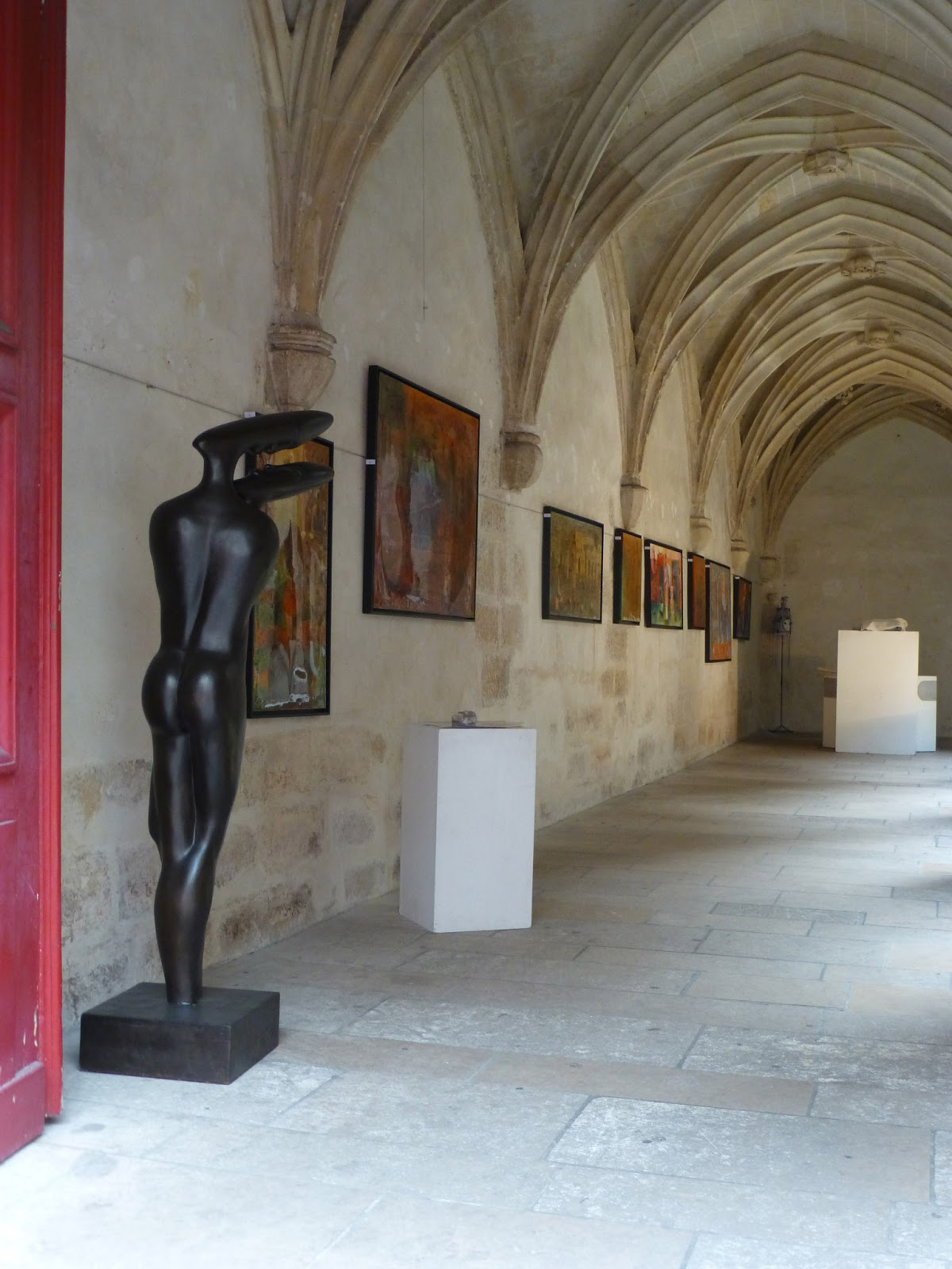 Foyer And Entryways Unlimited : Entrée to black paris™ africa unlimited at the cloître