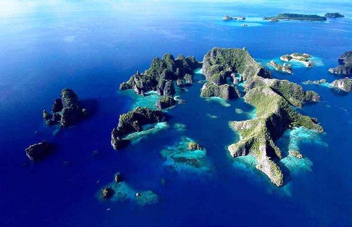 Aru Islands Raja Ampat Gerbang Ekowisata Berbasis Masyarakat