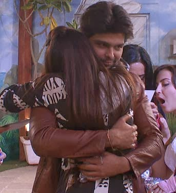 Download title track of bigg boss 6 day 1