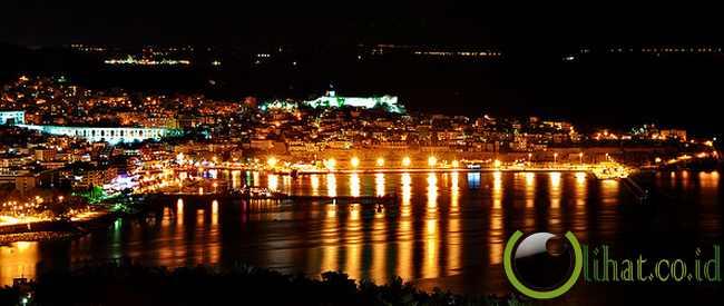 Athena, Yunani