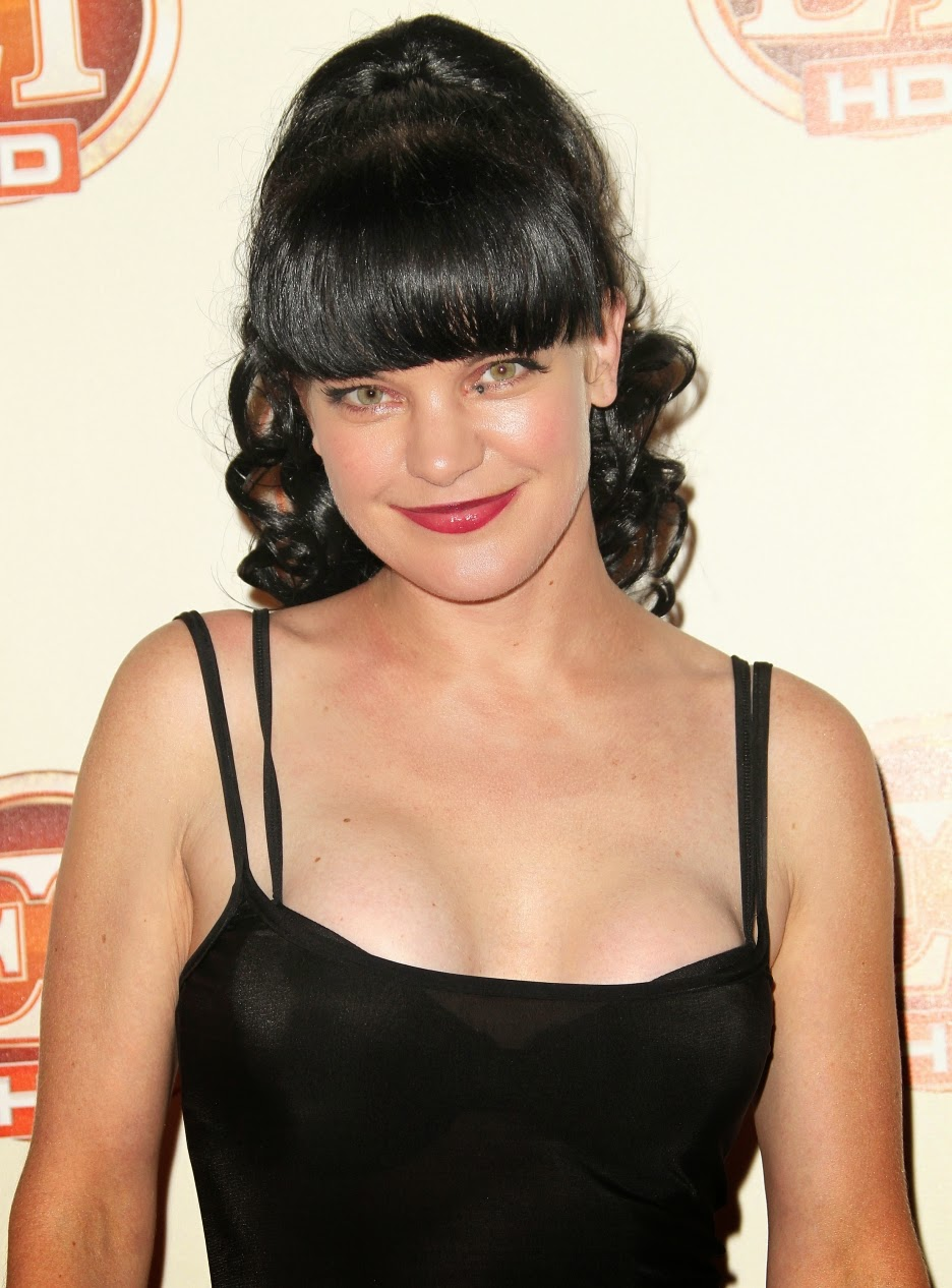 Crazy Days And Nights Pauley Perrette Accused Of Assault