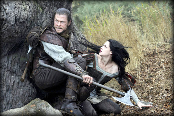 Snow White And The Huntsman (2012) Movie Review