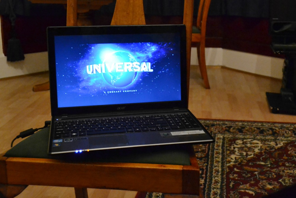 movie universal laptop photo an hour day